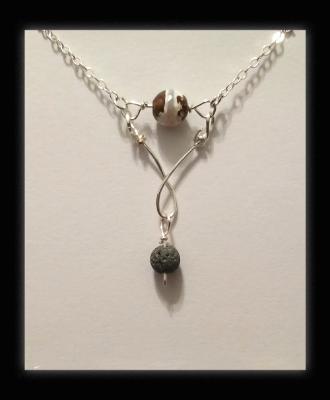 Tibetan Agate Diffuser Necklace