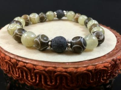 Green & Brown Carved Soochow Jade Bead Diffuser Bracelet